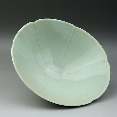 Collectable China Old Porcelain Glaze Hand-Carve Delicate Unique Form Noble Bowl
