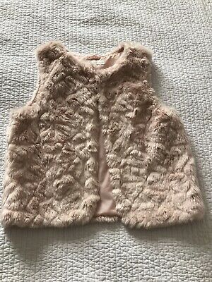H & M Girls Soft Pale Pink Fluffy Furry Gilet Jacket Age 9-10 Years