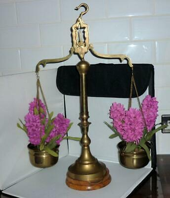 STUNNING VERY LARGE HEAVY VINTAGE BRASS SCALES OF JUSTICE WOODEN BASE 64cm HIGH