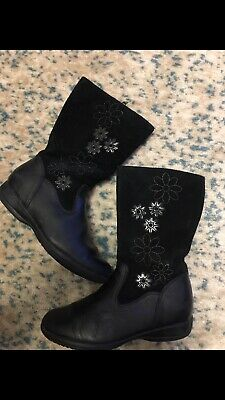 Clarks Girls School Boots Shoes Daisy Black Leather Suede. Size UK 11 F