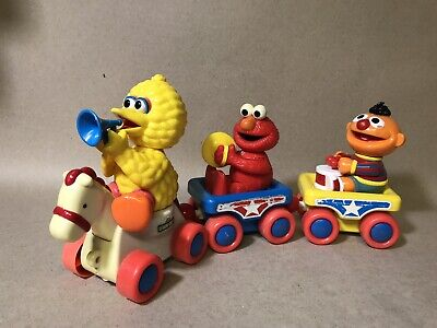 Vintage Tyco Sesame Street Band Pull Train Toy