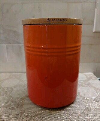 Le Creuset Canister With Wood Lid Xxl Storage Jar 2.5 Qt. Flame/Volcanic  New
