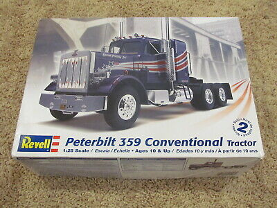N Revell 1506 Peterbilt Model 359 Conventional Tractor 1//25 Tire Set only