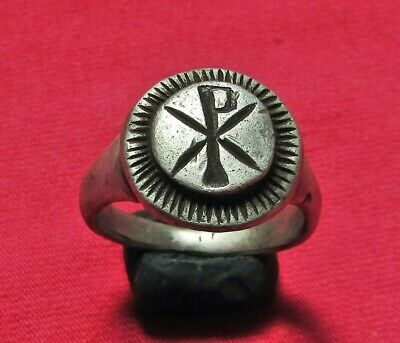 ROMAN  ANCIENT  SILVER  RING ( Chi Rho )