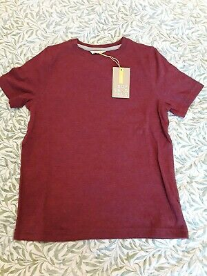 Boys burgandy red colour John Lewis Short sleeved T Shirt Age 8-9 Years. Bnwot