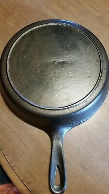 Vtg Cast Iron Skillet # No 7 Heat Ring Antique cleaned and seasoned
