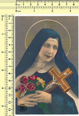 045 1920's Nun Holding Cross Flowers Hand Colored Color Tinted vintage postcard