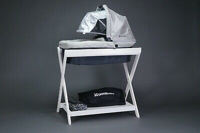 Uppababy Baby Vista Baby Bassinet And Folding Stand White W/ Rain Hood ~ L@@K!!