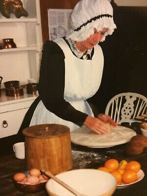 Victorian/Downton Abbey Servant's Costume (Housekeeper/Cook) complete (Size 14)