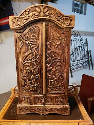 Antique Hand carved cabinet - Circa 1910