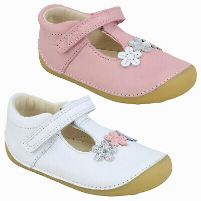 Girls Clarks Tiny Sun T Hook & Loop Casual Flower T Bar Toddler First Shoes Size