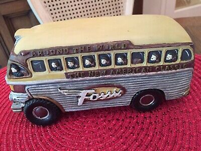 Fossil Watch Advertising Display Mini Bus