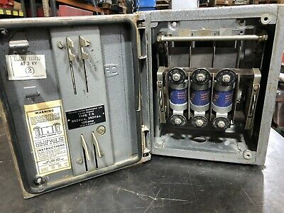 Old type Dorman Smith 100Amp Fused Switch Disconnector Isolator TPN Metal Clad