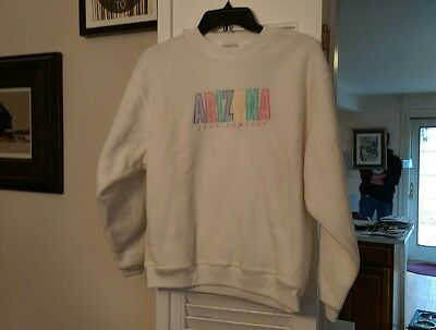 junior's white large vintage Arizona Jeans Company crew neck fleece sweatshirt