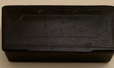 Antique 19th papier mâché box, black lacquer. In good antique condition.