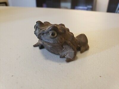 Vintage Hand Carved Wood Small Toad Frog Cryptomeria Japan Wooden Japanese 2 1/4