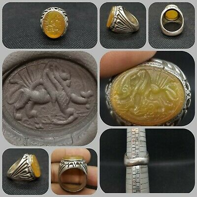 Wonderful Ancient solid Silver Roman Ring Lion Intaglio Agate Stone