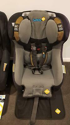 Safety 1st Sentinel II Convertible Car Seat & Houdini Stop