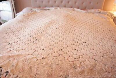 Vintage Ivory Oval Croceted Lace Tablecloth 83 x 90 Shabby Cottage Chic B13