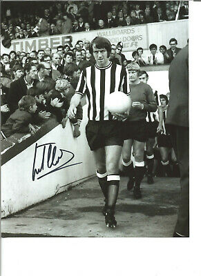 Football Autograph Frank Clarke Newcastle United Signed 10x8 in Photograph JM212