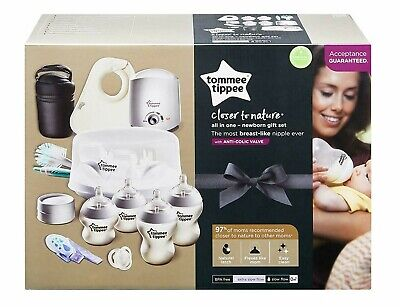 Tommee Tippee Closer to Nature All in One Newborn Baby Bottle Feeding Essentials