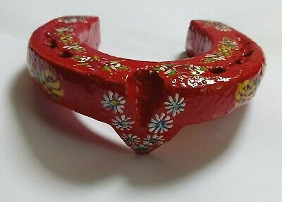 Chunky red canal art barge ware vintage Horseshoe hand painted 13cm folk art
