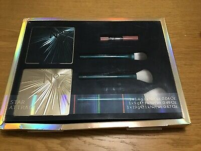 BRAND NEW No 7 STAR ATTRACTION BRUSH & MAKE UP GIFT SET IN A PRESENTATION BOX