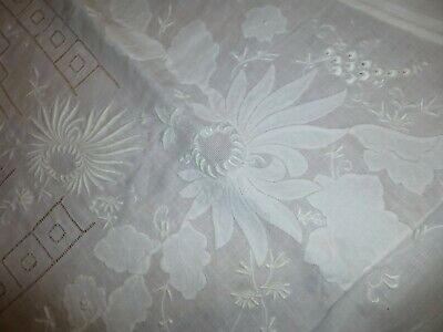 Exquisite Embroidery Madeira Hand Work Tablecloth 84 x 66 Linen 12 Napkins