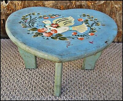 Small HEART SHAPED STOOL Country Cottage HP DOVE FLOWER Plant Milking Step Child