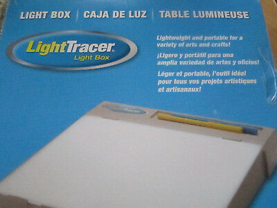 Light Tracer Light Box Quilters & Crafters  By Art O Graph Ex Cond!