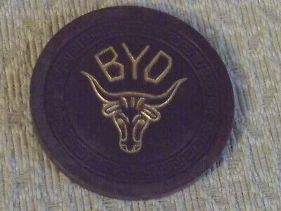 BYO HOTEL CASINO $100 (dark brown) hotel casino gaming poker chip