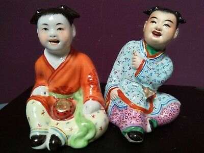 Antique Chinese porcelain Statues