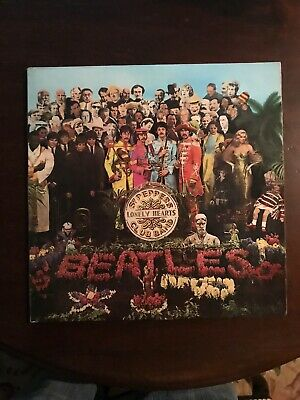 The Beatles - Sgt. Peppers Lonely Hearts Club Early Pressing  VG+/EX c/w Insert