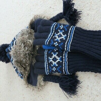 Boys hat and gloves age 7-10