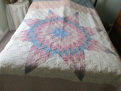 Double/Queen 82x106 vintage 70's mauve &  blue diamond star quilt (not hand made