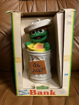 Oscar The Grouch Plastic Bank With Box 1989