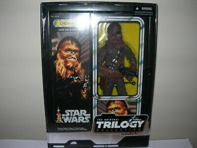"Star Wars - The Original Trilogy Collection - Chewbacca (stands 15"")"