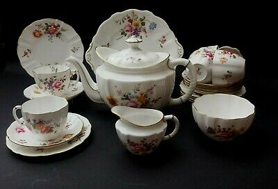 Bone China Royal Crown Derby 'Derby Posies' 22 Piece Teaset Including Teapot