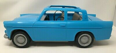 """Harry Potter Weasley Flying Car 15"""" Ford Anglia Vehicle"""