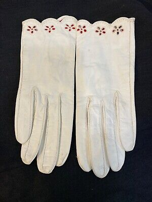 Vintage Ivory White Kidd Leather Gloves size 7.  Made in France