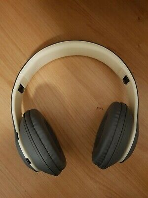 Beats By Dr Dre Solo3 Wireless On Ear Headphones Satin Gold Hardly Used 50 00 Picclick Uk