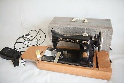 Antique Old Vintage Electric pedal operated  Singer sewing machine lots of feet