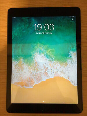 Apple iPad 5th Gen. 32GB, Wi-Fi + Cell (VF) 9.7in - Space Grey - Excellent Cond.