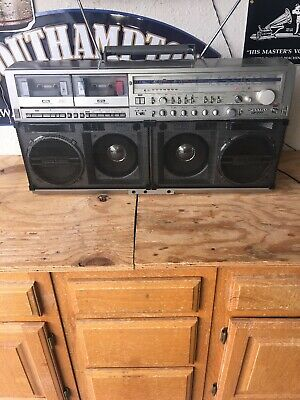 SHARP GF-777z Monster Stereo Vintage 80s BOOMBOX Nice ~ WORKS ~