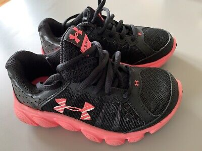 Under Armour Girls Black And Pink Trainers