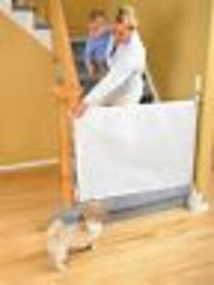 Dreambaby Child Toddler Baby retractable Gate Barrier Safety Toddler Stairwell