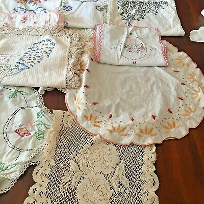 Huge Lot 30 pc Vintage Lace Doilies & Embroidered Linens Dogs Roses Dresser
