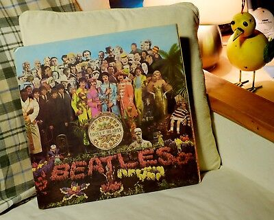 The Beatles Sgt. Pepper's Lonely Heart Clubs Band Parlophone PMC7027 XEX 637-1