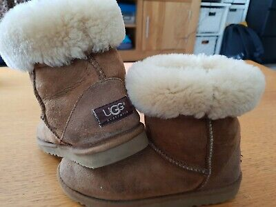 Genuine UGG sheepskin girls boots UK 2 Euro 33