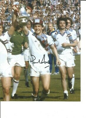 Paul Allen 10x8 Signed Colour 1980 FA Cup West Ham celebration photo JM118